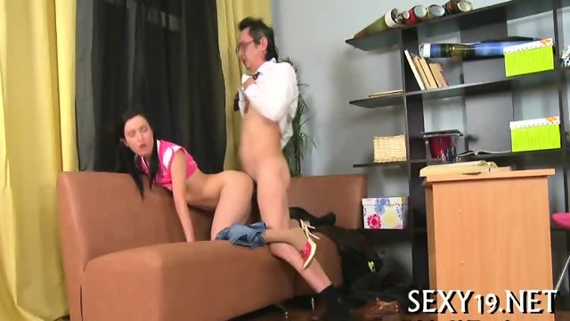 Hardcore lesson with hot chick - scene 11