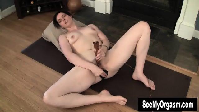 Sexy Savannah Having A Convulsing Orgasm - scene 12