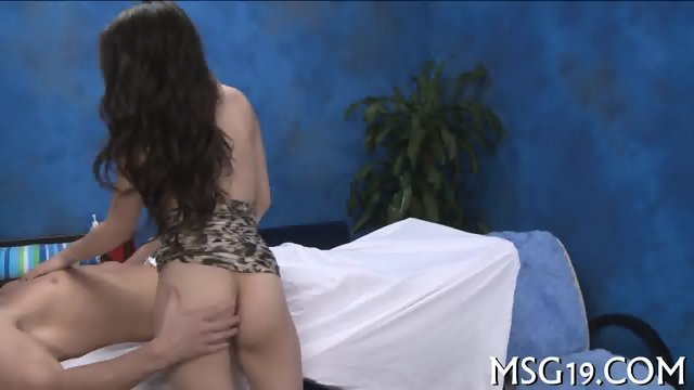 Blondie gets impaled on dong - scene 3