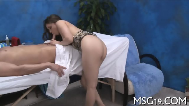 Blondie gets impaled on dong - scene 7