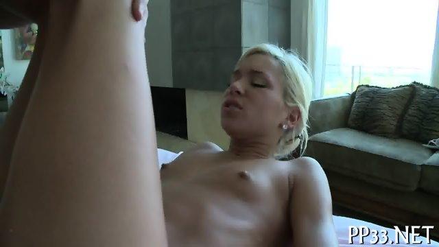Rubbing a smoking hot body - scene 12