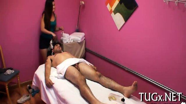 Stud fucks inside massage saloon - scene 9