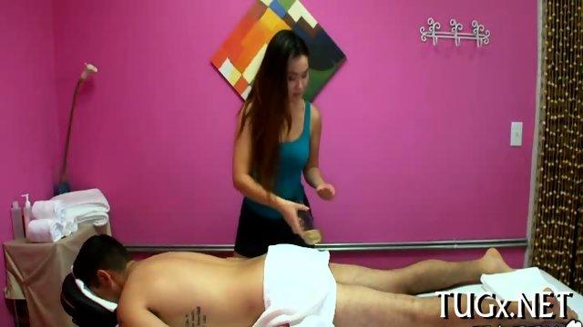 Stud fucks inside massage saloon - scene 4