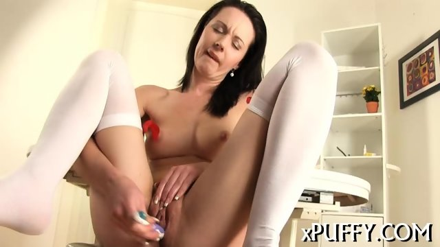 Plowing pussy with candle - scene 11