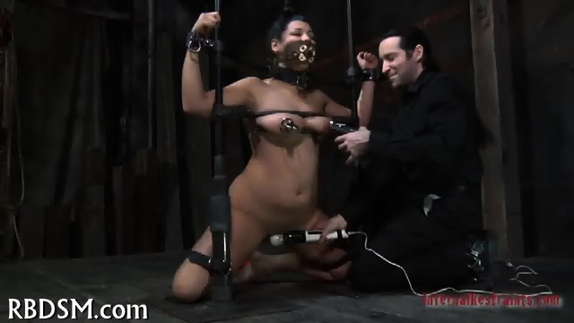 Delighting cunt with hot toy - scene 1