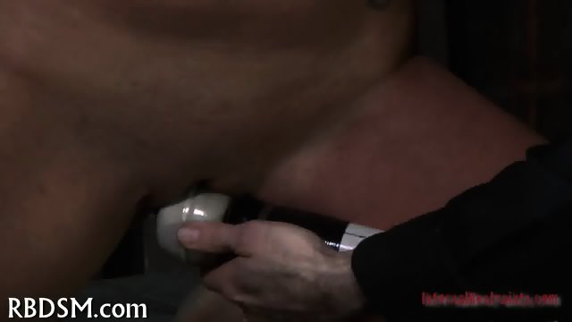 Delighting cunt with hot toy - scene 4