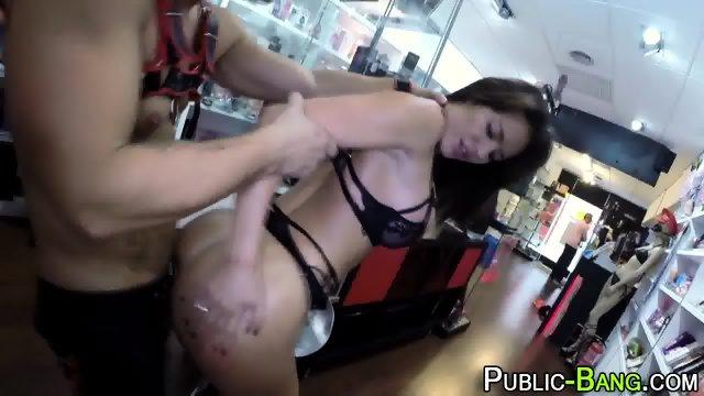 Latina fucks in public - scene 9