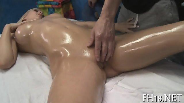 Erotic pussy thrashing - scene 1