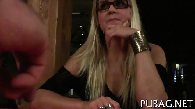 Pleasuring a lusty thick cock - scene 6
