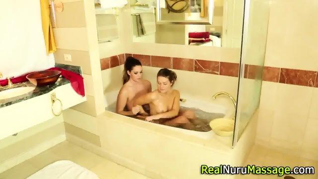 Fetish nuru les massages - scene 2
