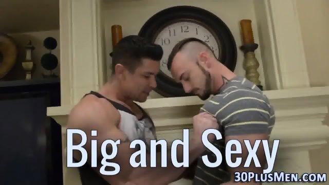 Big sexy hunk gets cummed - scene 1