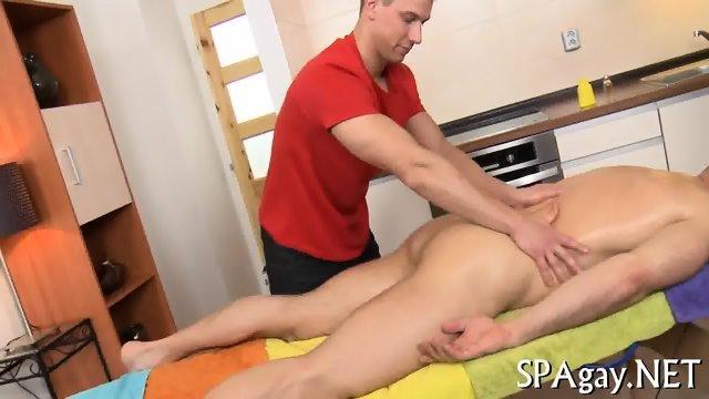 Steamy hot gay massage - scene 3