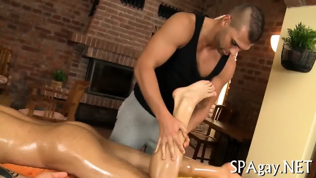 Gay suckings for stud - scene 1