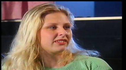Julia Dickmaenner - scene 3