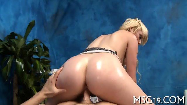 Busty princess enjos hot sex