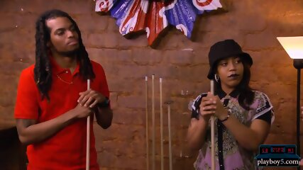 Black amateur couple looking for a treesome experience