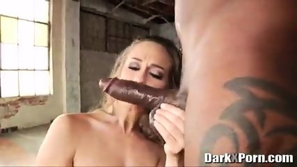 Big Black Cocks - AJ Applegate & Morgan Lee & Kagney Linn Karter & Cassidy Klein - scene 2