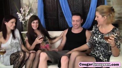 dojrzałe lesbijskie orgie porno