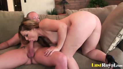 Pussy eating made cute Leenuh Rae very horny