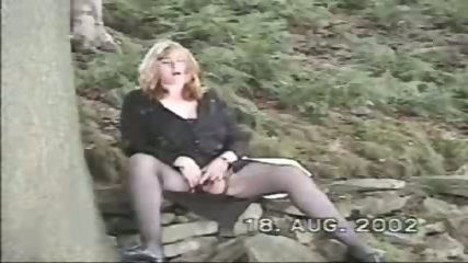 My orgasm in the woods! - scene 11