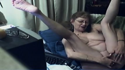 Innocent Grandma On Webcam - scene 9