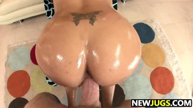 Big Tits Beauty Danni Cole Gets Slammed