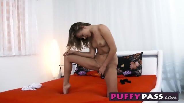 Pretty Ivana Sugar slides a glass dildo in her little twat