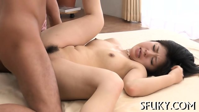 Asian clit stimulation - scene 10