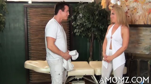 Smoking hot mature in action - scene 2
