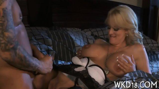 Wet snatch gets fucked - scene 2