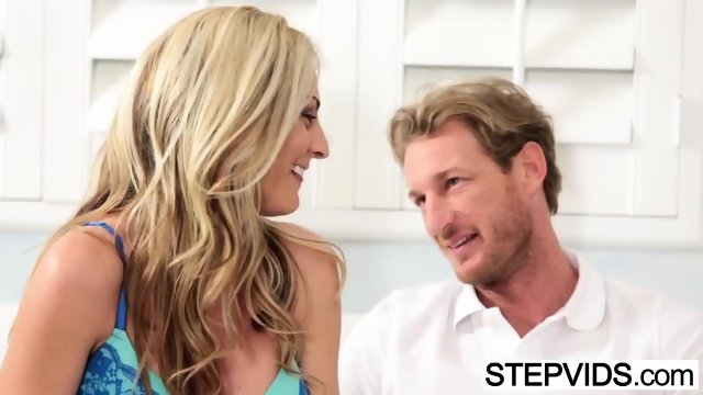 Stepsister Alina West gets nailed - scene 4