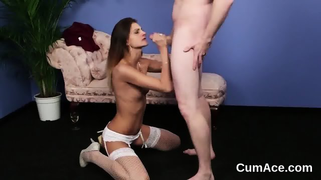Foxy model gets cum load on her face swallowing all the load
