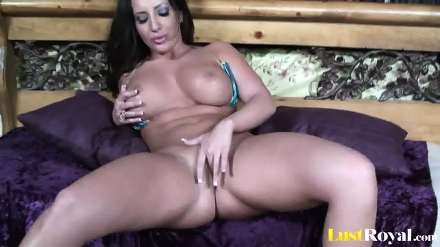 Seductive stripping and shagging by gorgeous Richelkle Ryan - scene 3