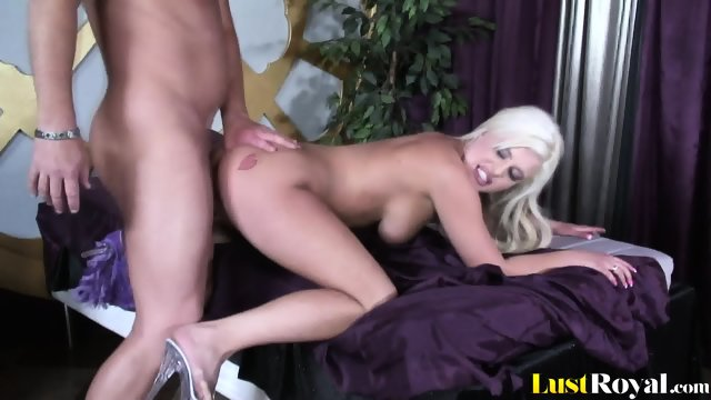 This is how Andi Anderson makes her man cum - scene 7
