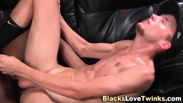Amateur Sucks Black Dick