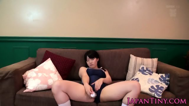 Bukkaked japanese tiny pussy toyed in group