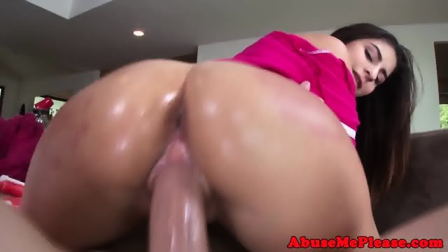 Rimmed babe bouncing shiny booty on hard dick - scene 12
