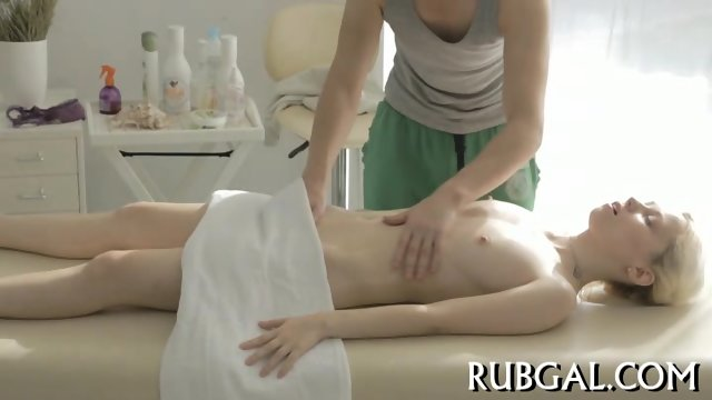 Hot sex inside massage saloon - scene 4