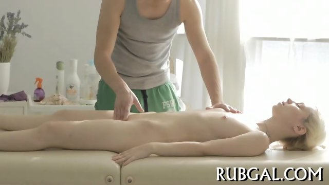 Hot sex inside massage saloon - scene 6