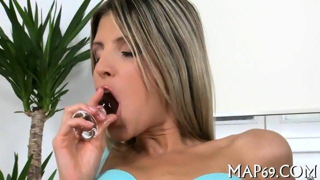 Stunning sex scene in position 69 - scene 1