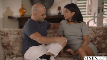 VIXEN Latina Veronica Rodriguez Seduced By Stepdad - scene 6