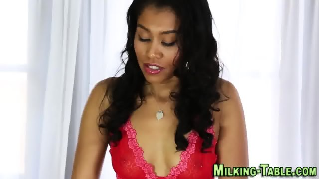 Black masseuse rides dick