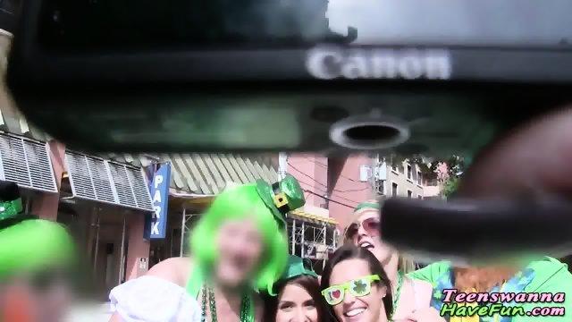 Party teen cum sprayed