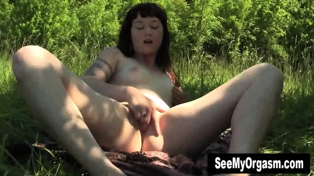 Tattooed Turquoise Masturbating Outdoors