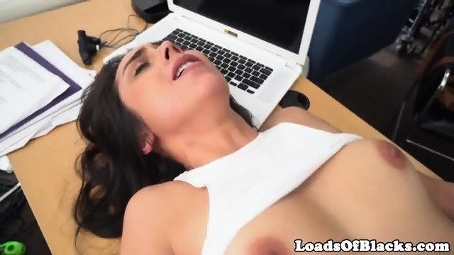 Casting babe railed by big black cock - scene 12