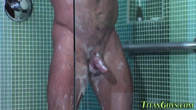 Hung hunk cum covered - scene 4