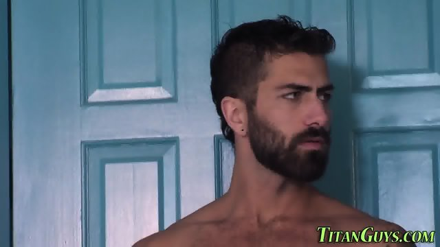 Muscly hunk cum covered - scene 1