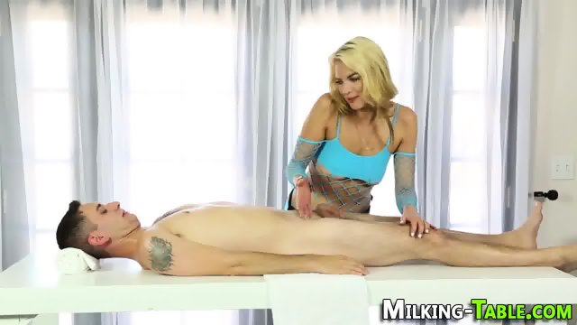 Wam sex therapist jizzed - scene 4