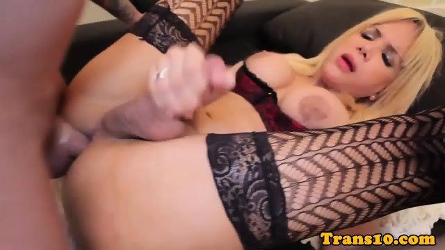 Bigbooty latina tranny riding dick for cash - scene 10