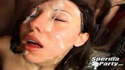 Alexa in Sperma Party - scene 12